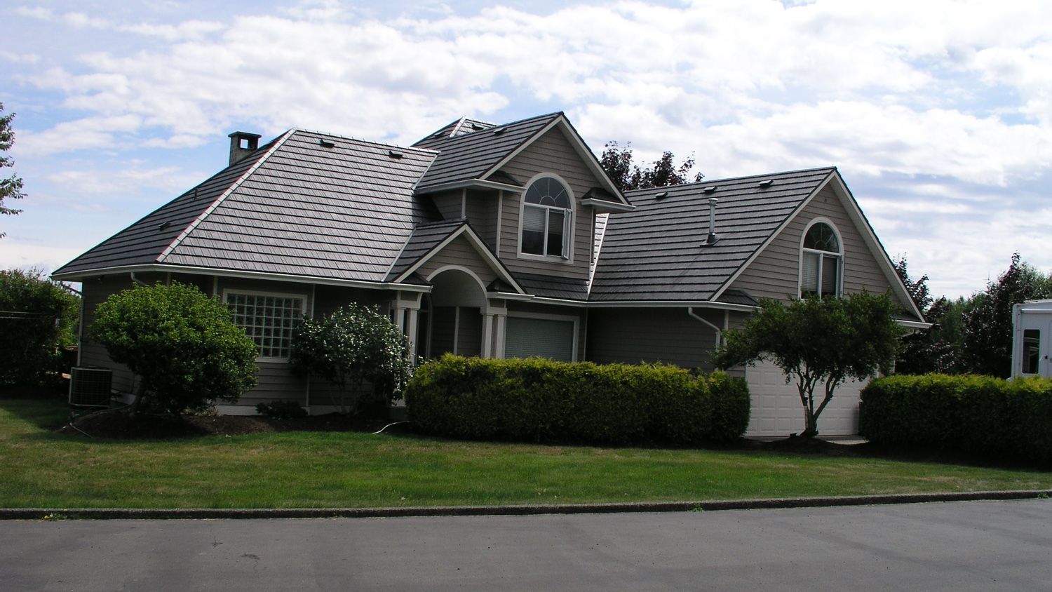 Roofing Courtenay residential